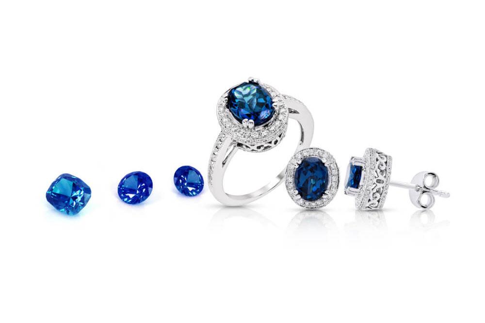 Pierścionek zaręczynowy - niebieskie oczko