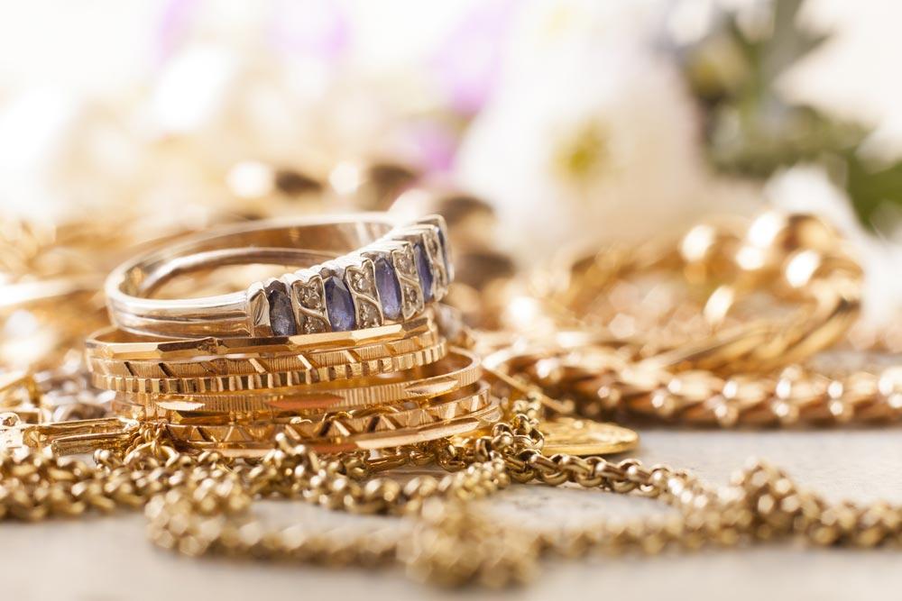 Trwałość pozłacanej biżuterii